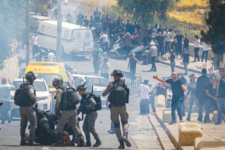 התפרעויות בירושלים (צילום: אוליבייה פיטוסי, פלאש 90)