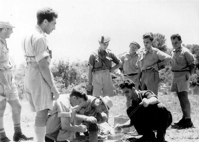 אימון פלמ''ח בשנת 1941 (צילום: ארכיון הפלמ''ח)