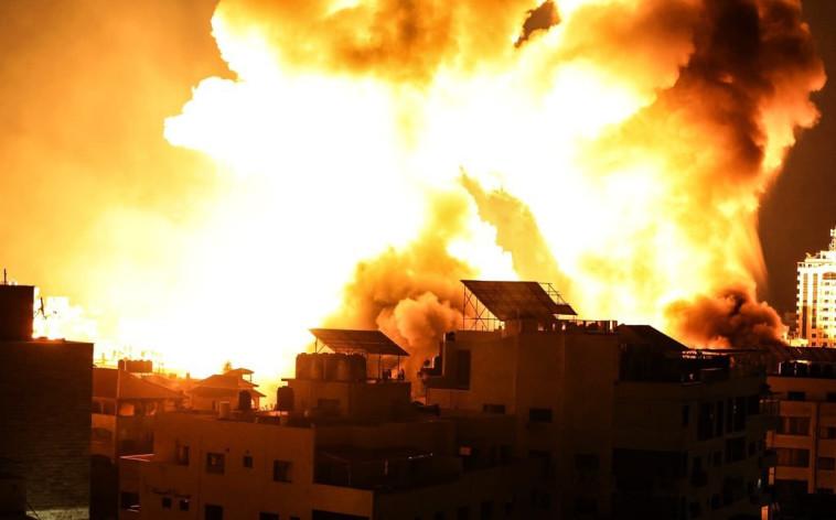 תקיפת צה''ל בעזה (צילום: התקשורת הפלסטינית)