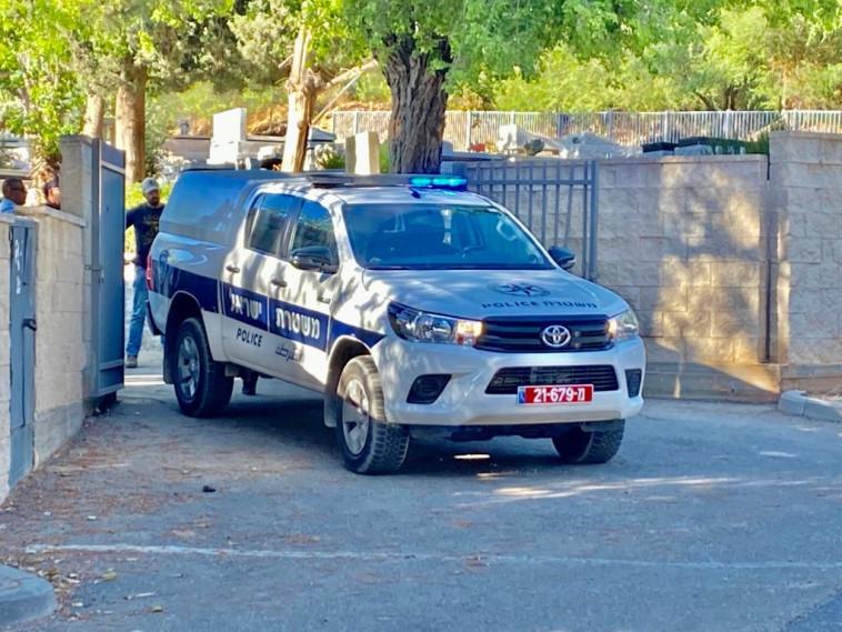 ניידת משטרה (צילום: אבשלום ששוני)