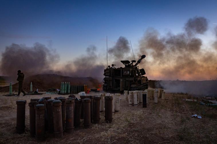 כוחות צה''ל בגבול רצועת עזה (צילום: אוליבייה פיטוסי, פלאש 90)