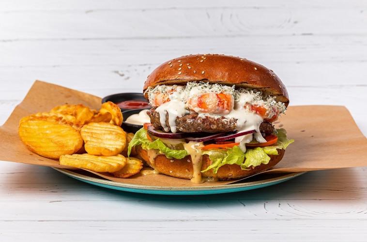 שרימפבורגר של וילה מארה (צילום: יעל בונפיס)