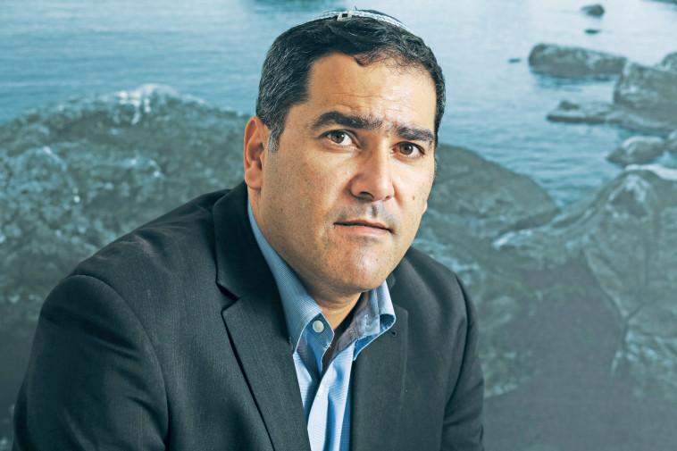 שר־שלום ג'רבי, מנהל החטיבה לחינוך ולקהילה בקק''ל (צילום: אריאל בשור)