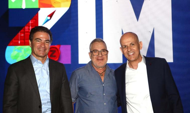 Idan Ofer, Eli Glickman y Yossi Cohen (Foto: Sivan Farage)