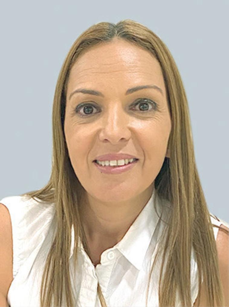 אביטל דדון מנהלת המחלקה העסקית בסניף אופקים בבנק הפועלים (צילום: פרטי)