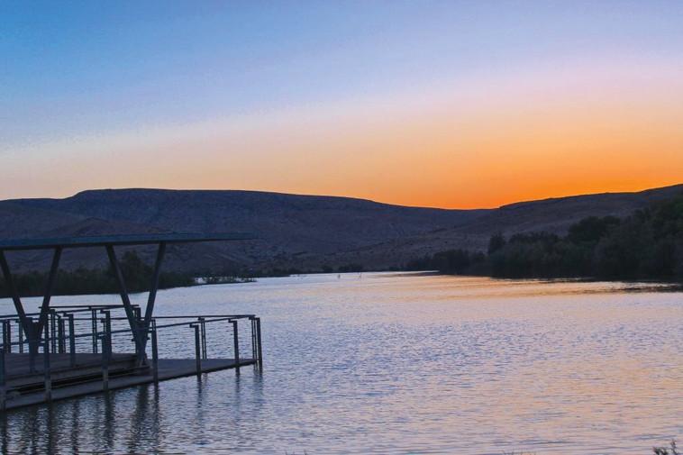 אגם ירוחם  (צילום: סימון בן ישי )