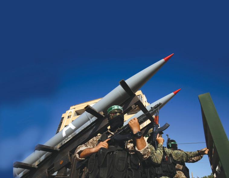 פעילי חמאס בעזה (צילום: עבד רחים חטיב - פלאש 90)