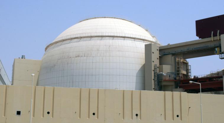 מפעל גרעין בבושהר, איראן (צילום: REUTERS/Raheb Homavandi)