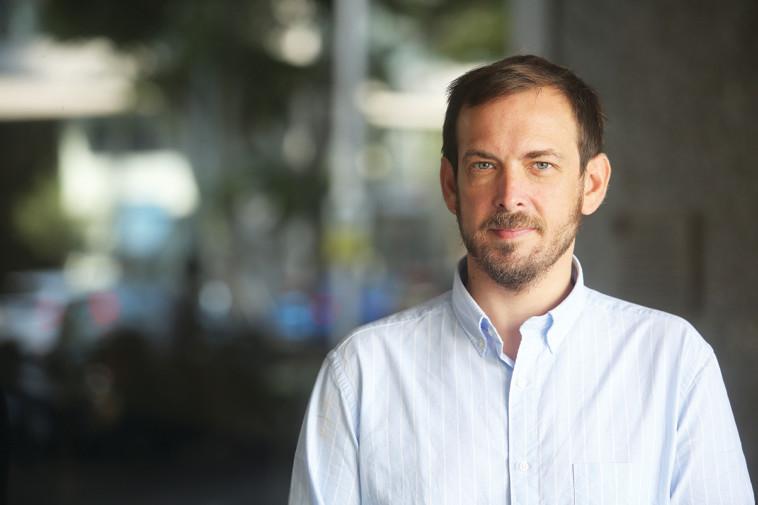 אסף זמיר (צילום: מרק ישראל סלם)