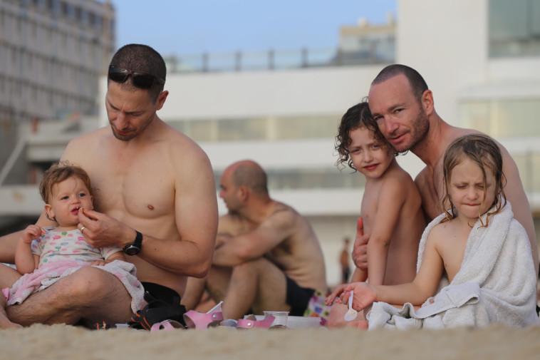 איתי ויואב פנקס ארד, העותרים לבג''ץ פונדקאות (צילום: איתן אלחדז/TPS)