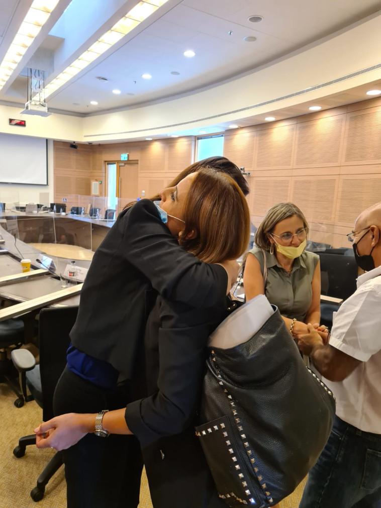 לאה סעידיאן וח''כ אפרת רייטן (צילום: ללא קרדיט)