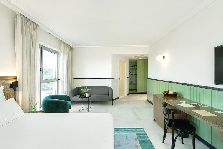 חדר במלון רמת רחל (צילום: גדעון לוין)