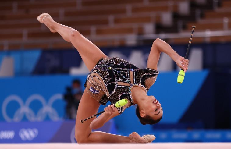 לינוי אשרם בתרגיל האלות באולימפיאדת טוקיו (צילום: REUTERS/Lisi Niesner)
