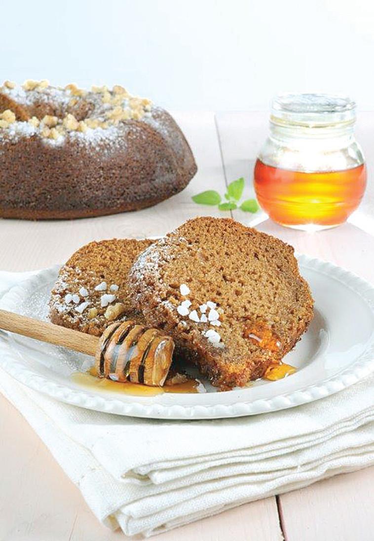 עוגת דבש (צילום: פסקל פרץ-רובין)