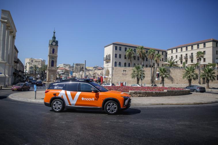 הרובוטקסי של מובילאיי נוסע בתל אביב (צילום: Mobileye)