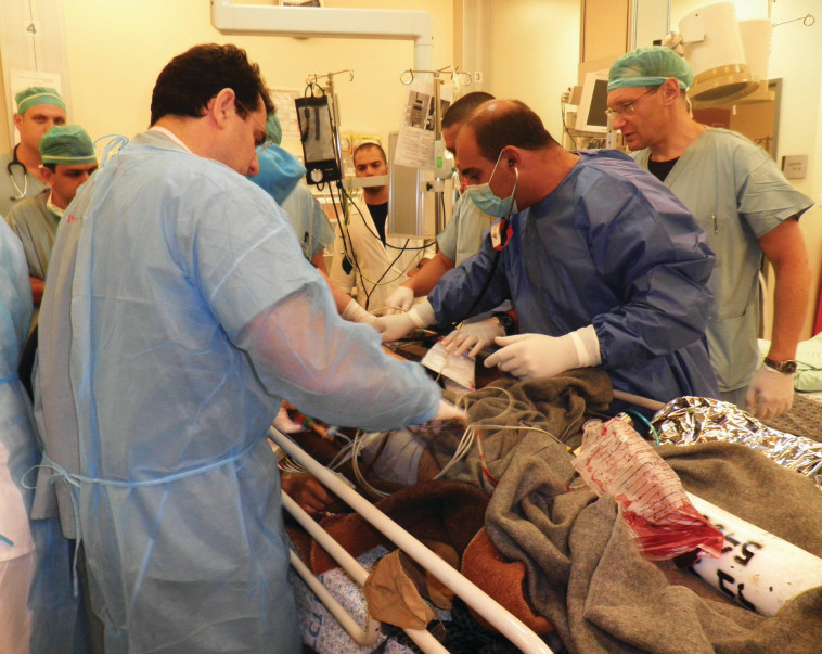 פצועים מסוריה בבית החולים זיו בצפת (צילום:  חנה ביקל)