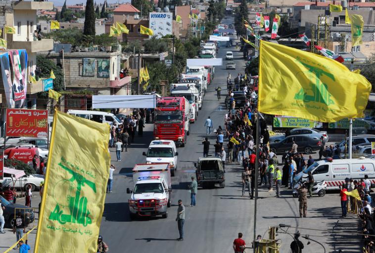 משאיות הדלק נכנסות לתוך לבנון דרך סוריה (צילום: רויטרס)