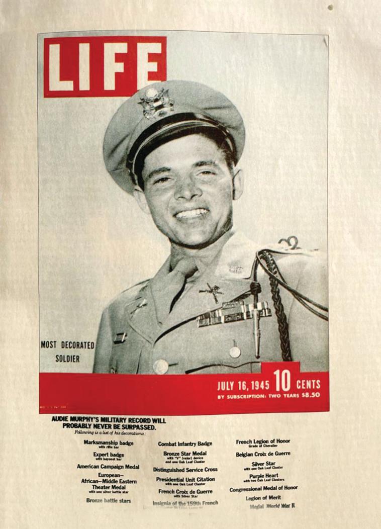 אודי מרפי על שער מגזין ''LIFE'' (צילום: צילום רפרודוקציה: רון מיברג)