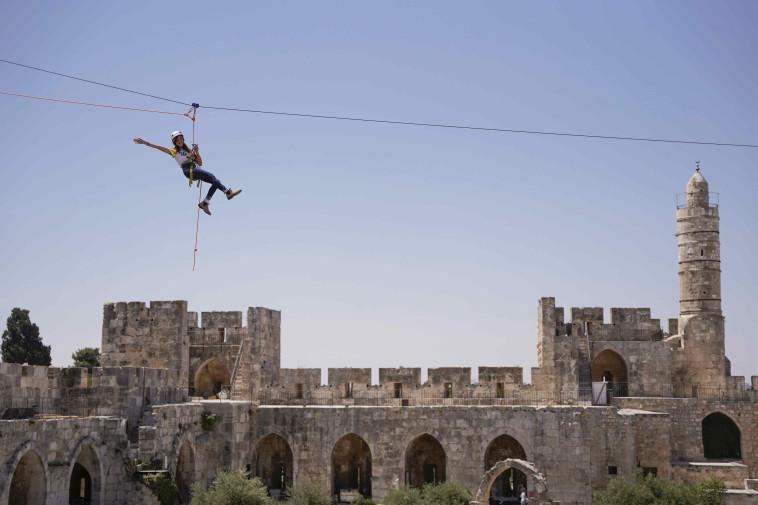 מגדלים באויר במוזיאון מגדל דוד (צילום: ריקי רחמן)