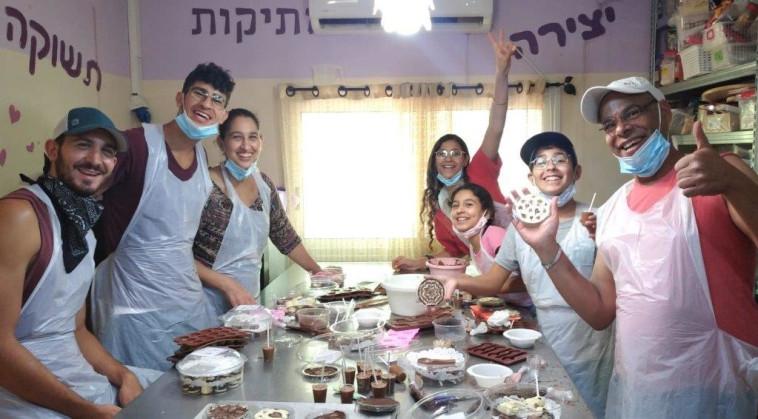 סדנאות שוקולד ב''העדי שבמטבח'' (צילום: יח''צ)