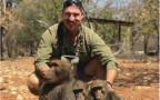 בלייק פישר ומשפחת הבבונים שהרג