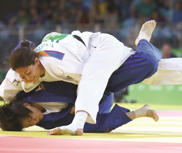 ירדן ג'רבי בקרב מול מריאנה סילבה