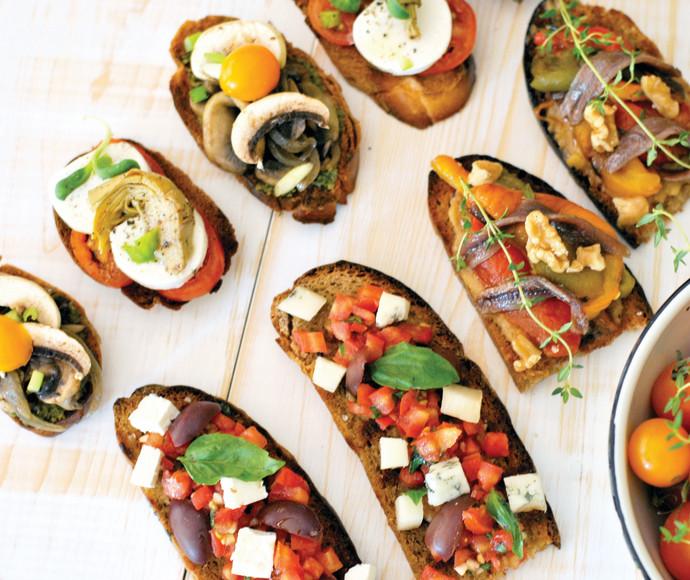 ברוסקטה, קרוסטיני, אוכל