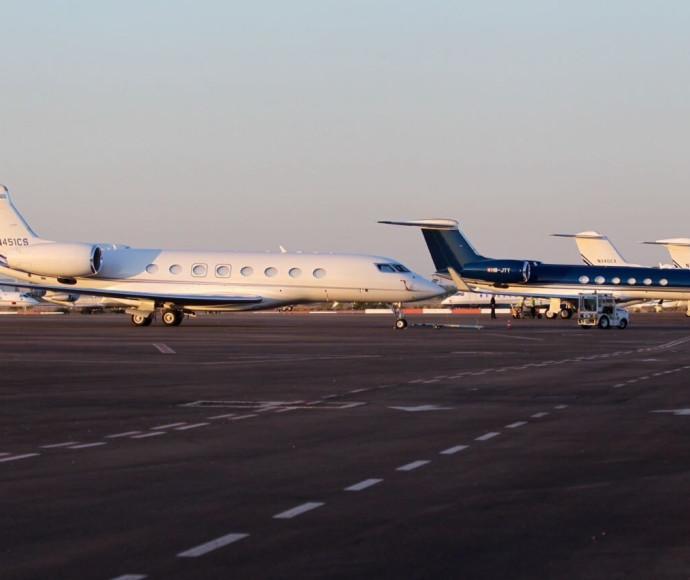מטוסי המשלחות מגיעים להלוויתו של שמעון פרס