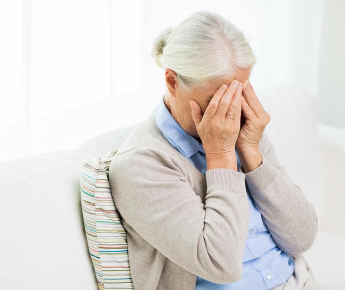 קשישה מותקפת, אילוסטרציה