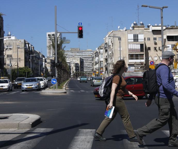 רמזור אדום בתל אביב