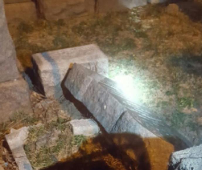 מצבות הושחתו בבית קברות יהודי בברוקלין