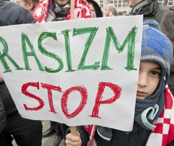 הפגנה נגד גזענות, פולין