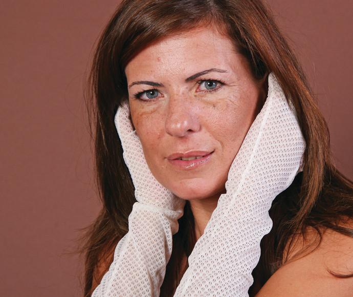 ויקי דור, מסייעת לנפגעי תקיפה מינית