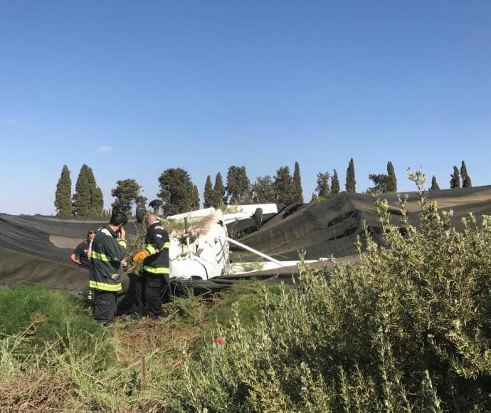 מטוס קל התרסק ליד כפר שמריהו