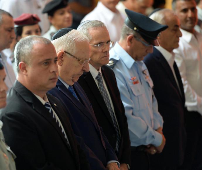 """הנשיא ריבלין וח""""כ חיליק בר בטקס זיכרון יום הכיפורים"""