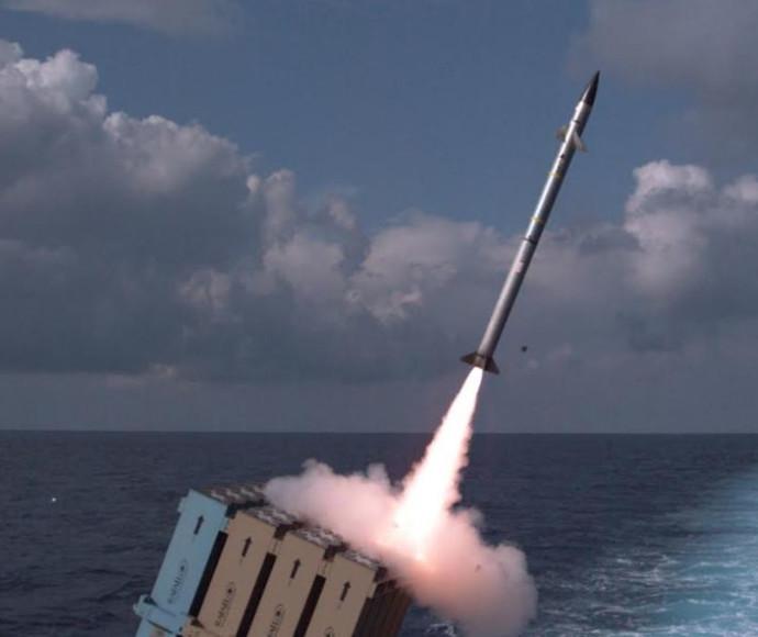 """ניסוי צה""""לי בגרסה הימית של כיפת ברזל"""