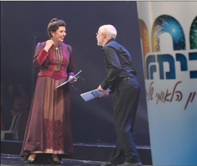 מירי רגב ושחקן הבימה יעקב כהן