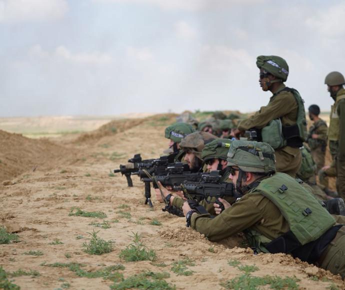 חיילים בגבול הרצועה