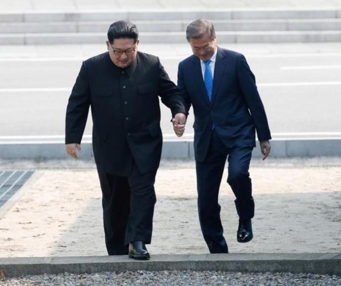 קים ג'ונג און ומון ג'יאה אין