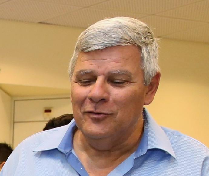 צביקה גנלדמן