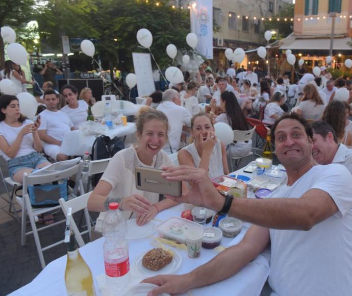 מתכוננים לילה הלבן בתל אביב