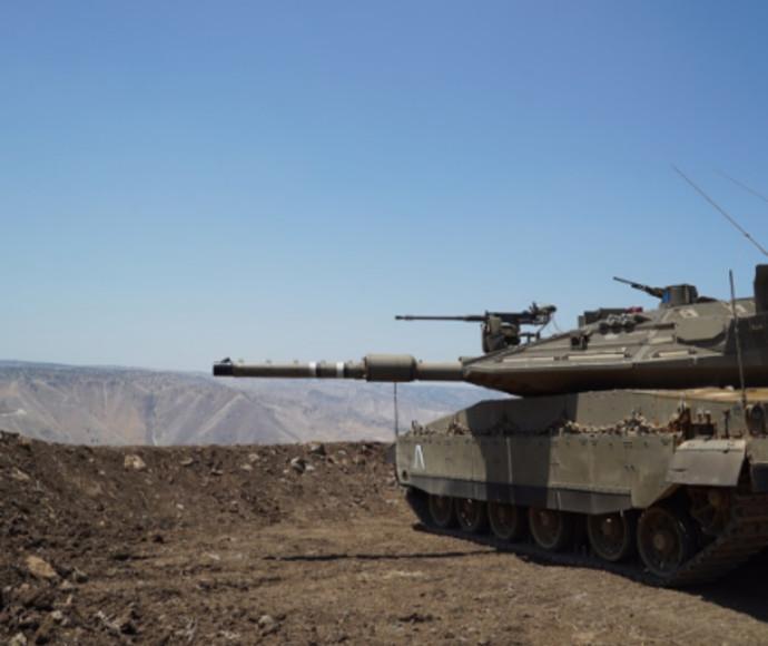 """טנק של צה""""ל בגבול רמת הגולן"""