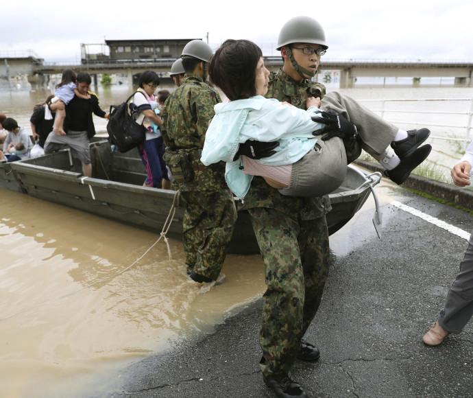 שיטפונות ביפן