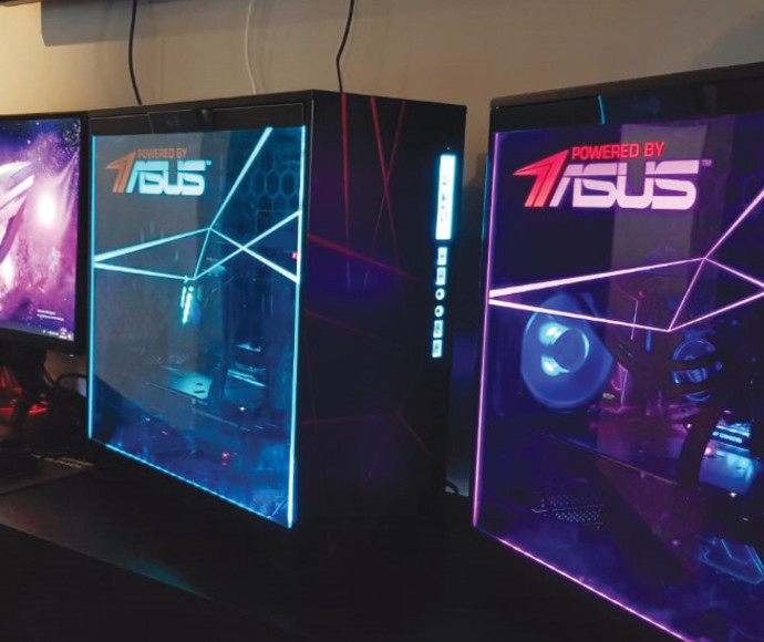 מחשבי אסוס בתצוגת הייפ