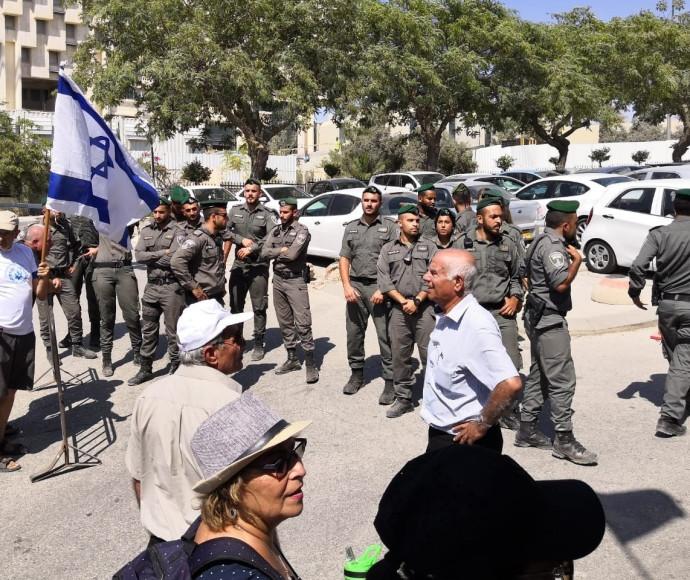 גמלאי המשטרה במחאה
