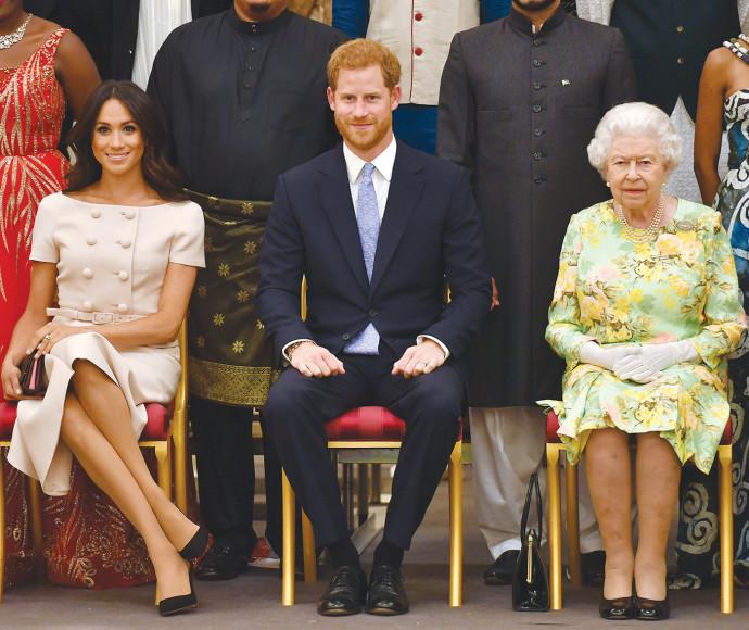 המלכה אליזבת, הנסיך הארי, מייגן מרקל