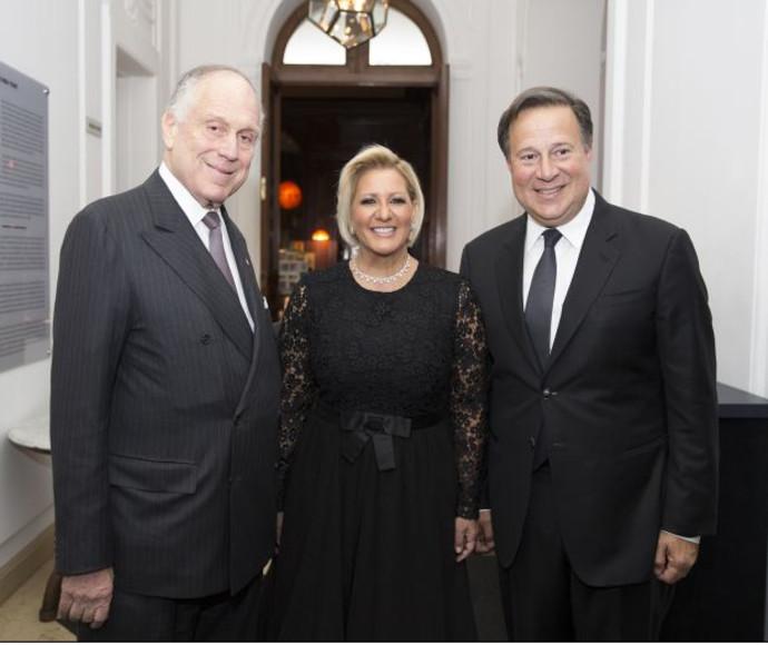 רונלד לאודר, נשיא פנמה ורעייתו