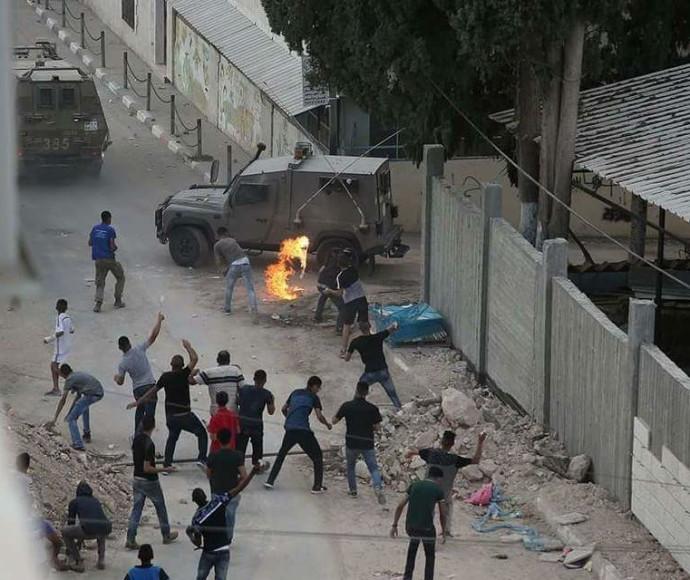 """עימותים בין כוחות צה""""ל לתושבי הכפר שוייקה"""