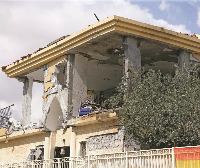 בית שנפגע מרקטה בבאר שבע