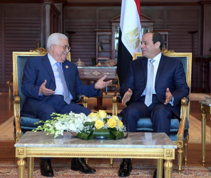 הסכמות בספק: אבו מאזן וא-סיסי, צילום: רשתות ערביות